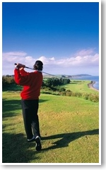 golfing-in-the-mull-of-galloway